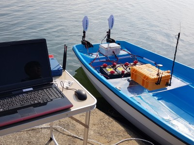 Self driving boat by UAV technic [Click for more]